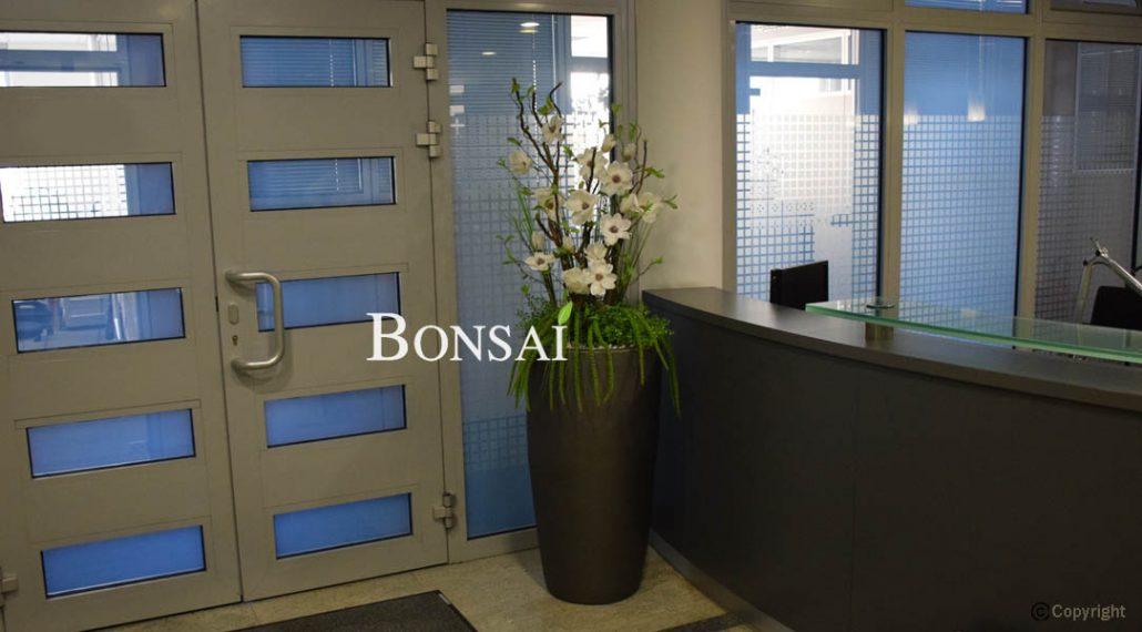 Umetno cvetje - aranžma Magnolija
