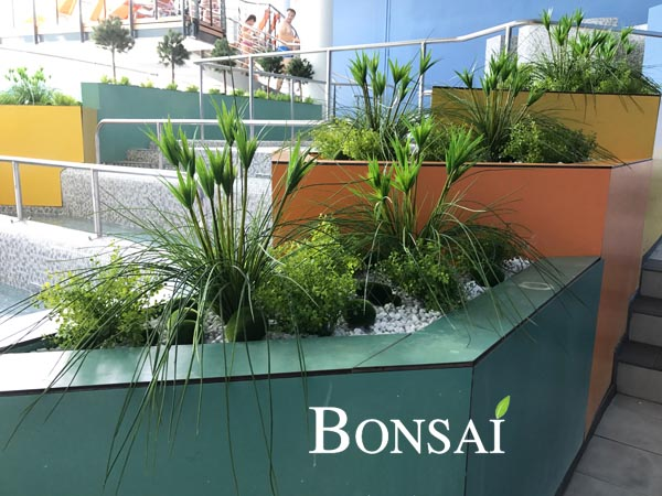 Thermana dekoracija umetne rastline - okrasne trave