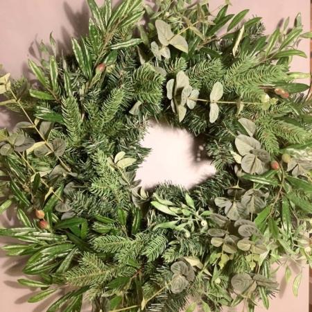 Božični venček - novoletna dekoracija Bonsai