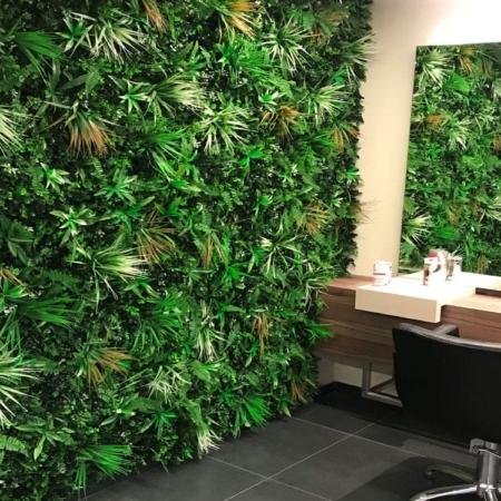Zelena stena 100x100 mešana white grass v prostoru
